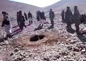 Girl being stoned to death in Afghanistan (CNN)